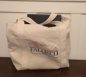 Lovely laptop tote?