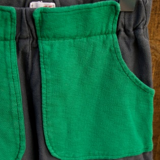 green pocket_close