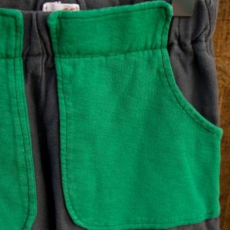green pocket_close