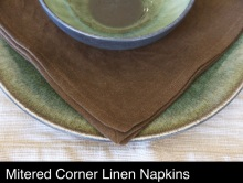 brown-linen-napkins